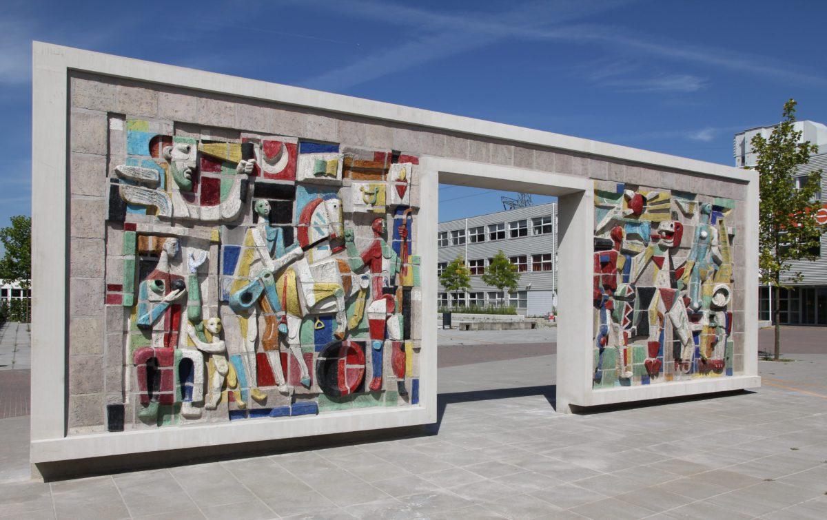 Wederopbouwkunst en schoolpleinontwerp